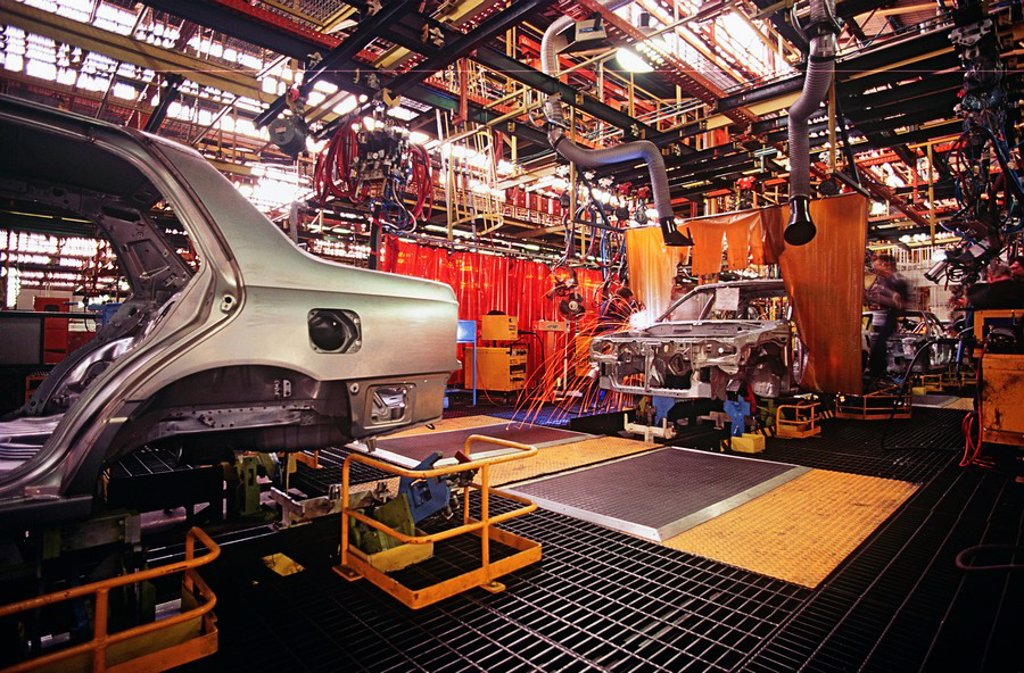 Stock Photo: 1654R-23503 Automobile manufacturing plant