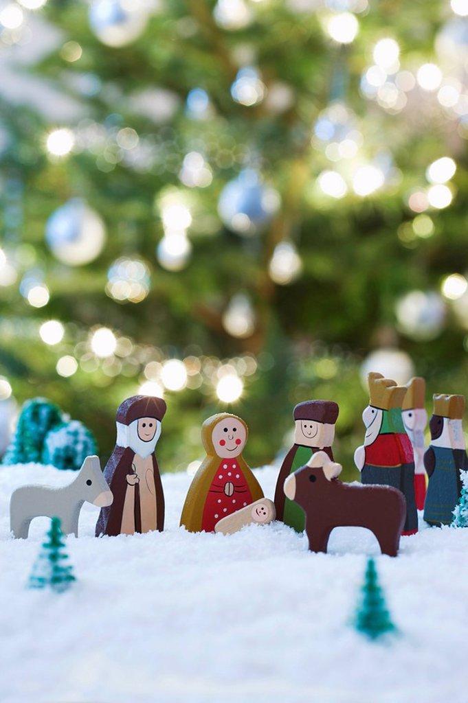 Stock Photo: 1654R-28563 Nativity scene