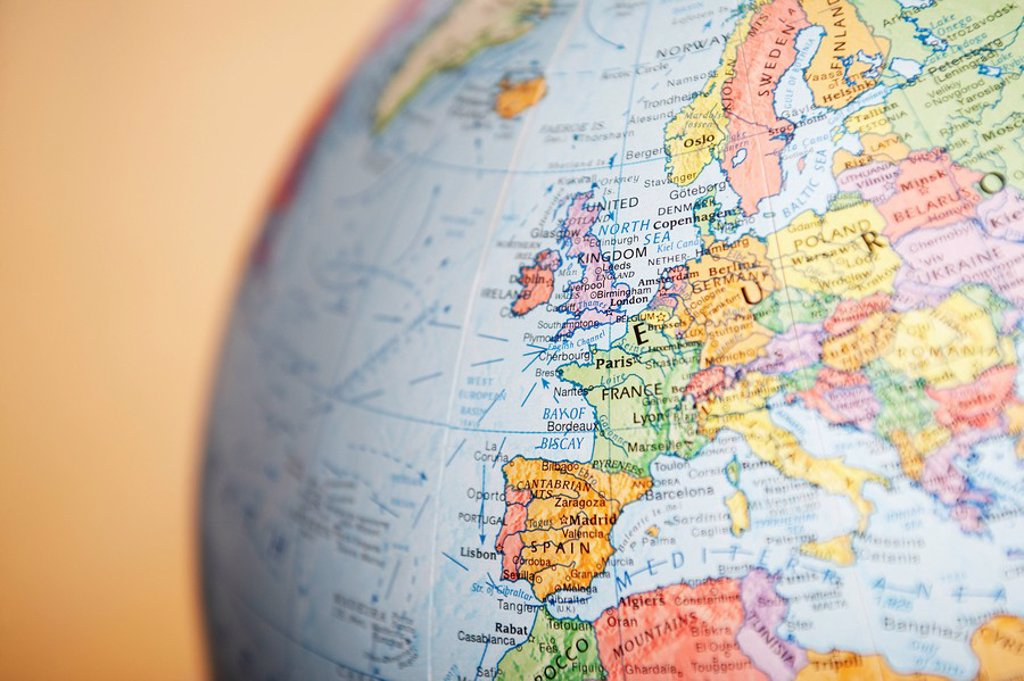 Stock Photo: 1654R-7058 Globe close_up on Europe