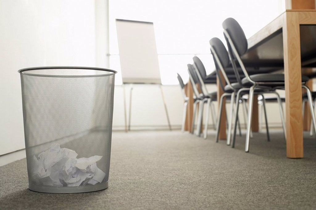 Stock Photo: 1654R-7592 Trash Can in Empty Meeting Room