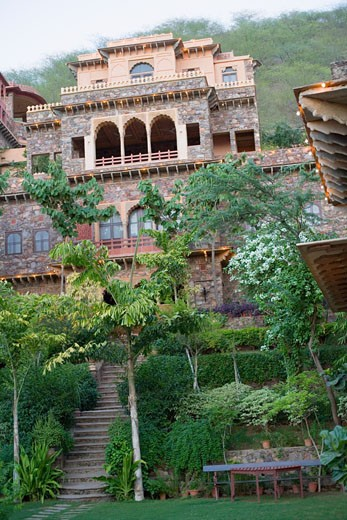 Stock Photo: 1657R-18593 Low angle view of a fort, Neemrana Fort Palace, Neemrana, Alwar, Rajasthan, India