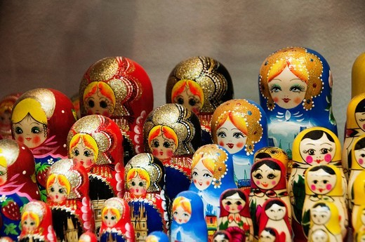 Nesting dolls at a souvenir shop, Cesky Krumlov, South Bohemian Region, Czech Republic : Stock Photo