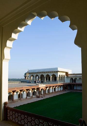Stock Photo: 1657R-6174 Garden of a fort viewed through an arch, Diwan-I-Khas, Agra Fort, Agra, Uttar Pradesh, India