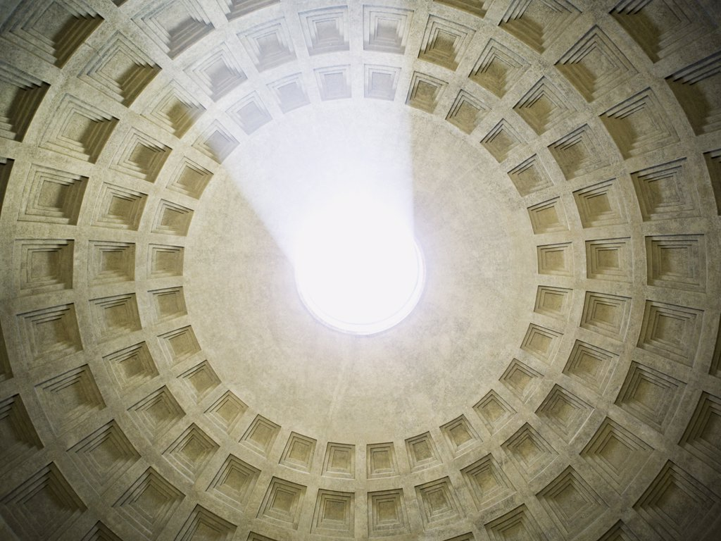 Oculus and coffers in the Pantheon in Rome Italy : Stock Photo