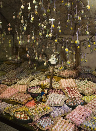 Stock Photo: 1660R-3133 High angle view of a display of Easter Eggs