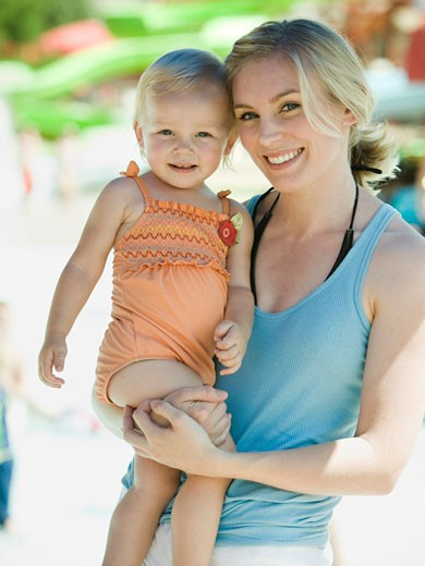 Stock Photo: 1660R-43844 mother and daughter at a waterpark