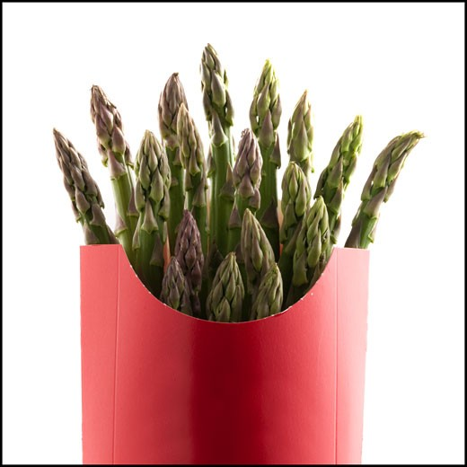 Stock Photo: 1660R-45609 asparagus in a french fry container