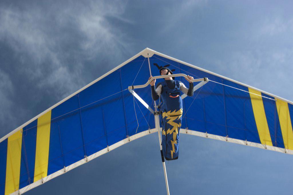 USA, Utah, Lehi, man hang-gliding : Stock Photo