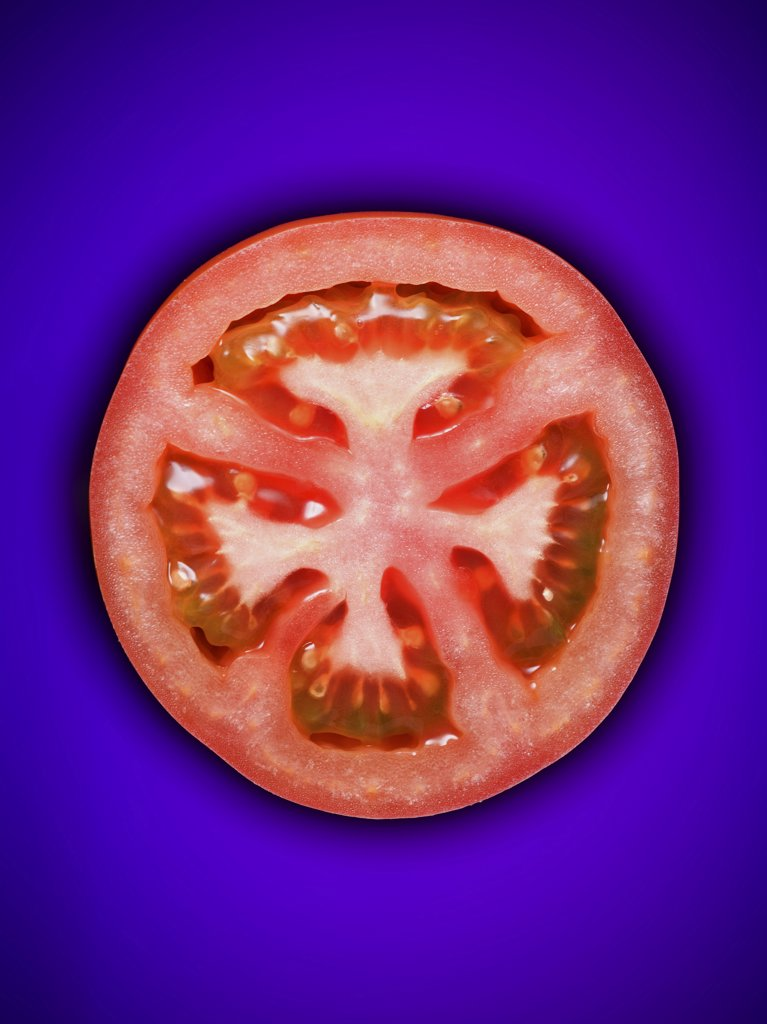 Stock Photo: 1660R-9380 Close-up of a slice of tomato