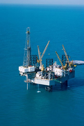 Aerial view of oil derrick in Mediterranean : Stock Photo