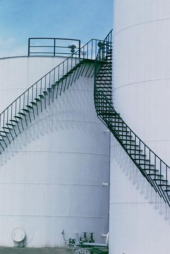 Stock Photo: 1663R-14985 Oil storage tanks