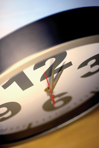 Stock Photo: 1663R-20566 Close-up of a clock
