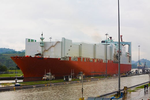 Stock Photo: 1663R-29512 Container ship at a commercial dock, Panama Canal, Panama