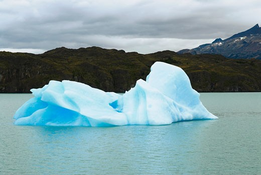 Stock Photo: 1663R-29579 Iceberg in a lake, Lake Argentino, Patagonia, Argentina