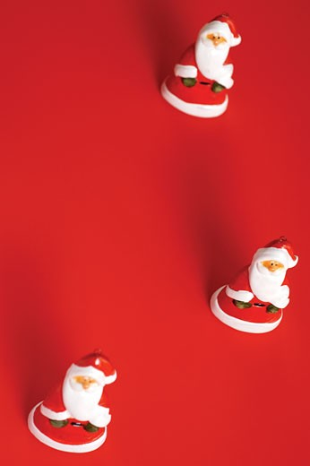 Stock Photo: 1663R-33658 High angle view of Santa Claus figurines