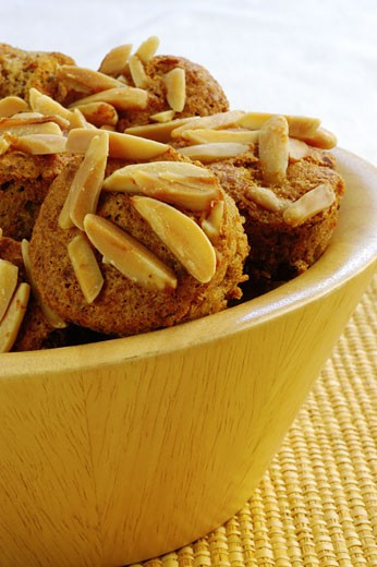 Stock Photo: 1663R-35628 Close-up of almond muffins in a bowl