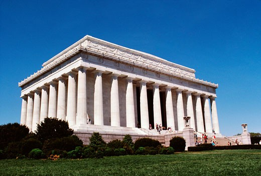 Low angle view of a government building, Lincoln Memorial, Washington DC, USA : Stock Photo