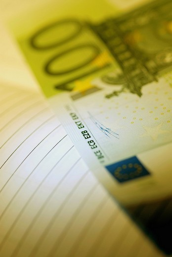 Stock Photo: 1663R-62636 Close_up of one hundred Euro banknotes