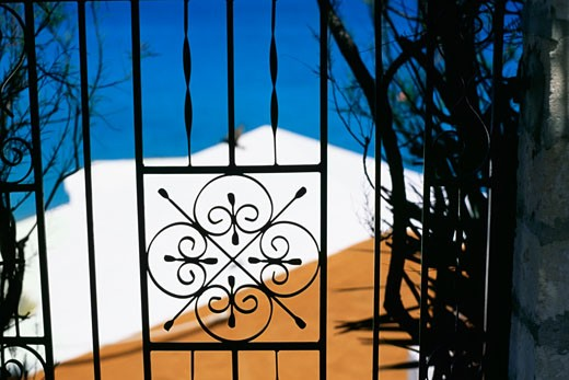 Front view of a metal gate, Bermuda : Stock Photo