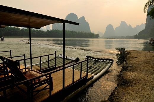 Stock Photo: 1669-16315 tourist boat on Li River near Yangshuo in Guilin region of China