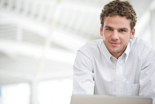 Stock Photo: 1669R-31978 portrait of young businessman
