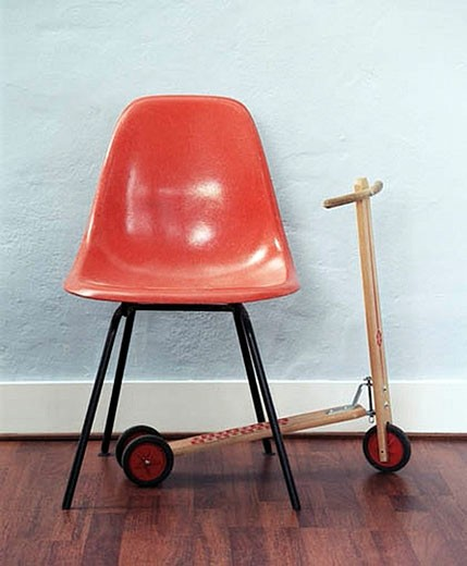 Stock Photo: 1669R-4207 empty red chair and scooter in waiting room
