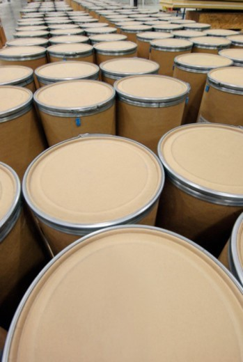 Stock Photo: 1672R-12745 Barrels in packaging plant, elevated view