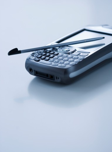 Stock Photo: 1672R-20014 Palmtop with stylus, close-up