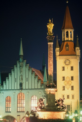 Stock Photo: 1672R-24612 Germany, Bavaria, Munich, Marionplatz Square, old traditional buildings