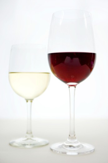 Glass of white and red wine : Stock Photo