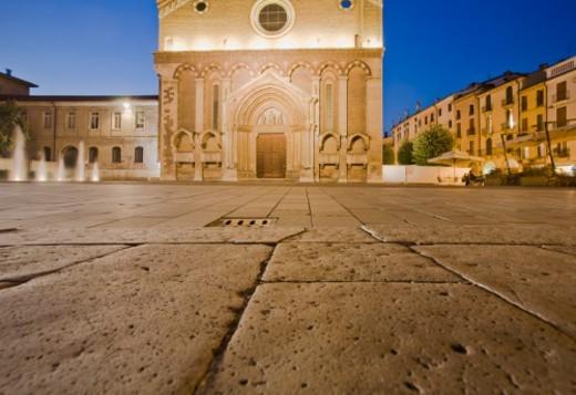 Stock Photo: 1672R-35984 Gothic stone carving on portal of San Lorenzo church.