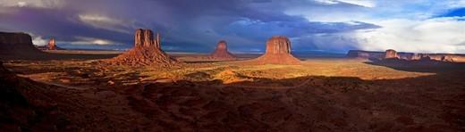 Monument Valley Arizona : Stock Photo