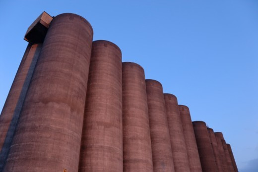 Stock Photo: 1672R-44318 Sugar factory silo at dusk, France