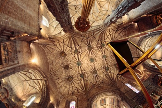 Stock Photo: 1672R-49530 16th century Jeronimos monastery ceiling