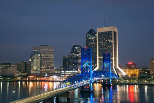 Stock Photo: 1672R-53282 USA, Florida, Jacksonville skyline with Main Street Bridge and St John's River