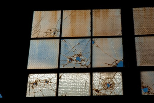 Stock Photo: 1672R-58054 shattered, broken, glass,window