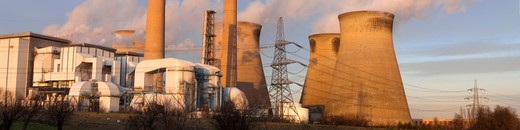 Ferrybridge Coal Fired Power Station, Yorkshire : Stock Photo
