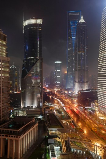 Stock Photo: 1672R-62969 Century Avenue in the financial district of Pudong
