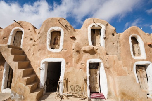 Stock Photo: 1672R-64132 Traditional Berber grain stores, Ksar Haddada