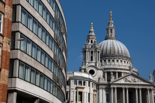 Stock Photo: 1672R-64228 St Paul's Cathedral and surrounding architecture