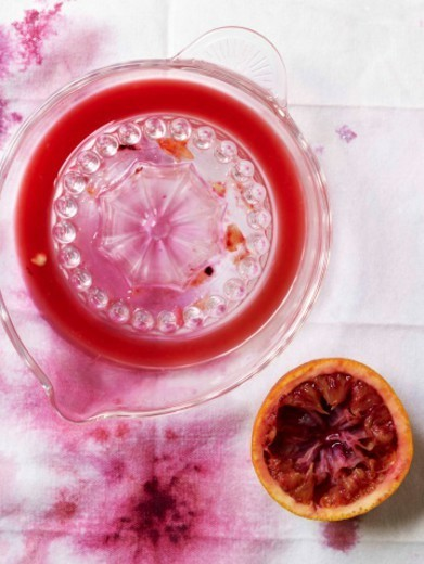 Stock Photo: 1672R-64417 Blood Orange Juice