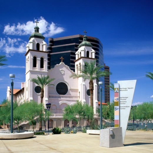 Stock Photo: 1672R-65746 St. Mary's Basilica and Phoenix Civic Plaza