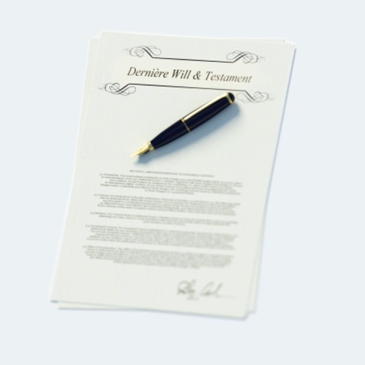 Last will and testament papers in French and pen : Stock Photo