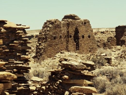 Ruins of a large compound built in the 11th century by the Pueblo peoples, Chaco Canyon National Historical Park. : Stock Photo