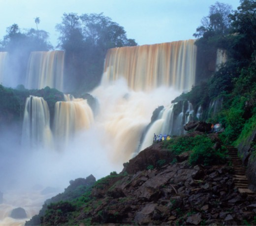 Stock Photo: 1672R-74102 Iguazu Falls, between Argentina and Brazil