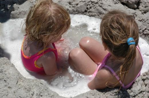 Stock Photo: 1701R-16126 Holmes Beach, Anna Maria Island, Florida.