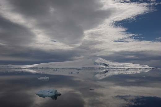 Stock Photo: 1701R-36602 Antarctic Peninsula, Antarctica, Crystal Sound