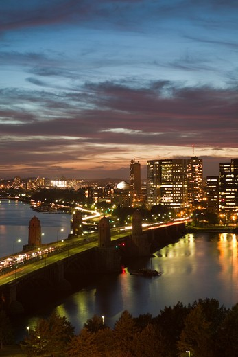 Longfellow Bridge over Charles River connecting Boston and Cambridge. : Stock Photo