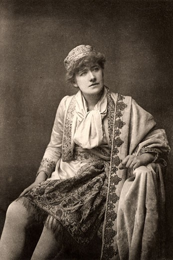Stock Photo: 1746-1753 Ellen Alice Terry, (1847-1928), English actress, here as Viola, a breeches role, in Twelfth Night by William Shakespeare. Photogravure c.1895