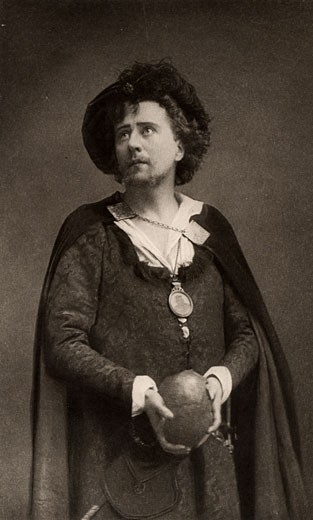 Herbert Beerbohm Tree, (1853-1917), English actor-manager. Founder of the Royal Academy of Dramatic Art (RADA). Here in about 1892 as the prince in the tragedy Hamlet by William Shakespeare. Photogravure : Stock Photo
